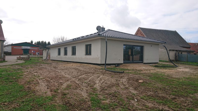 Bungalow mit Garage